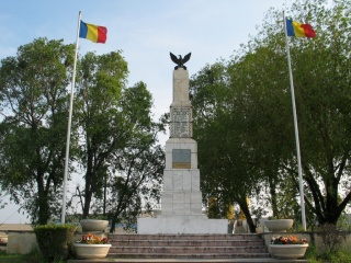 monumentul_eroilor_03
